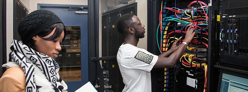 """Résultat de recherche d'images pour """"Afrique, informatique, électronique, Ingenieur, ingénierie électronique, Afrique"""""""