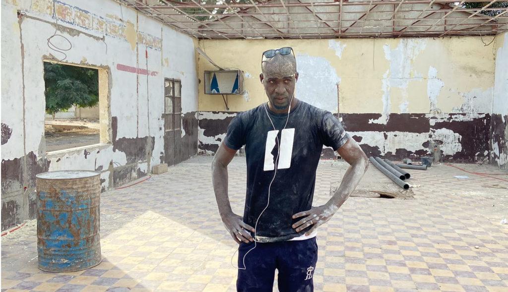 Eq HKniXEAAUaKV Dior Fall Guèye: Un visage en cache un autre